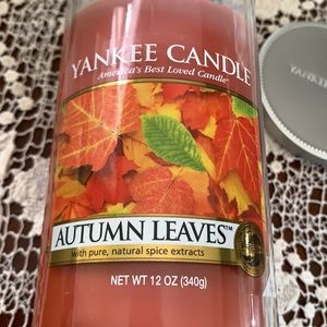 Yankee Candle Autumn Leaves/NEW/ 12oz